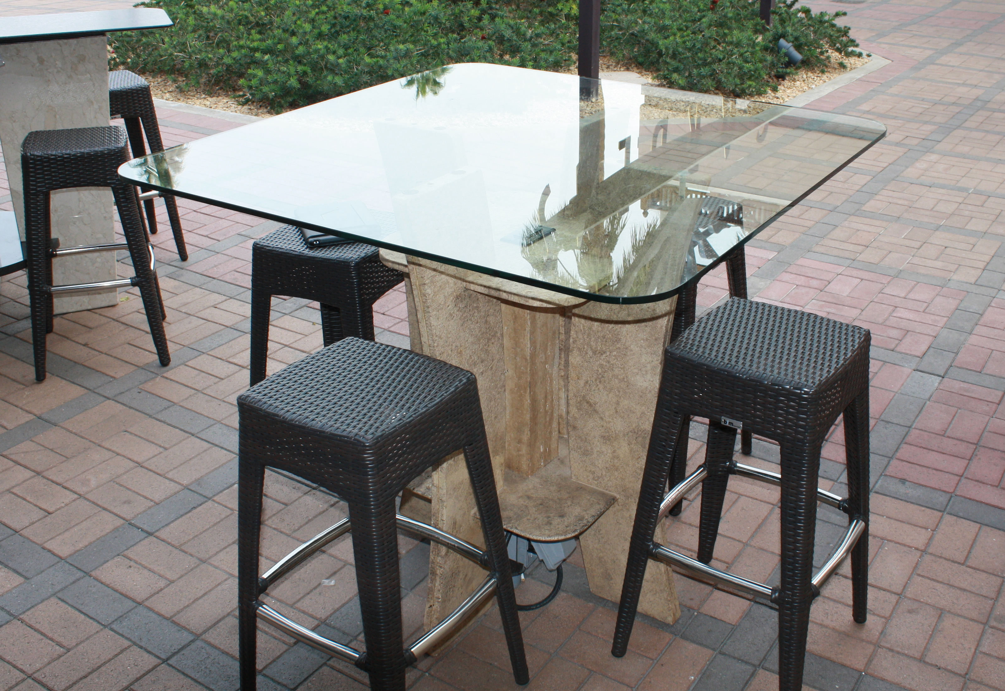 Standing Charger Table